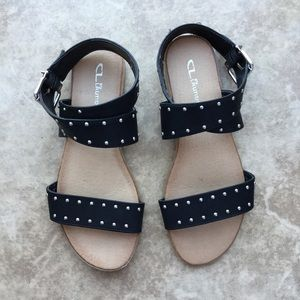 CL by Laundry Strappy Studded Sandals Black 7.5